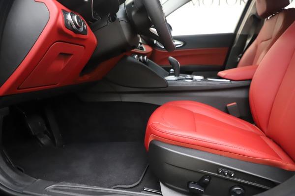 New 2020 Alfa Romeo Giulia Q4 for sale $48,445 at Pagani of Greenwich in Greenwich CT 06830 14