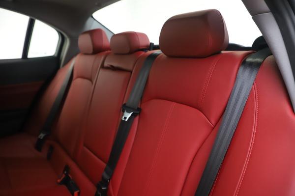 New 2020 Alfa Romeo Giulia Q4 for sale $48,445 at Pagani of Greenwich in Greenwich CT 06830 18