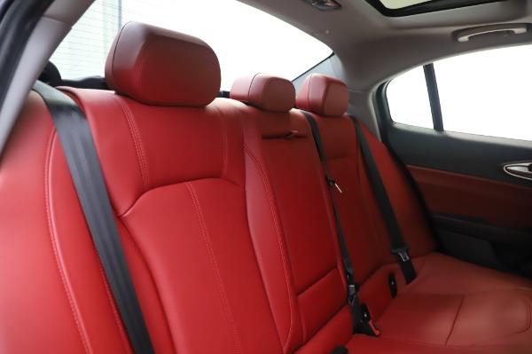 New 2020 Alfa Romeo Giulia Q4 for sale $48,445 at Pagani of Greenwich in Greenwich CT 06830 26