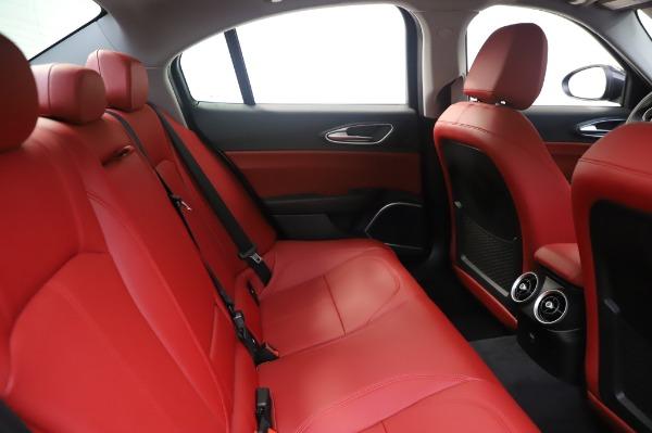 New 2020 Alfa Romeo Giulia Q4 for sale $48,445 at Pagani of Greenwich in Greenwich CT 06830 27