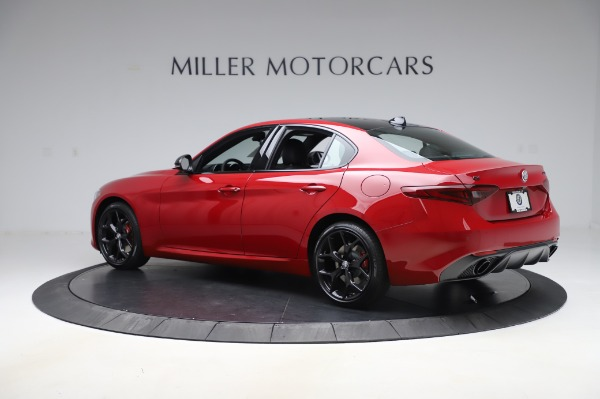 New 2020 Alfa Romeo Giulia Sport Q4 for sale $48,645 at Pagani of Greenwich in Greenwich CT 06830 4