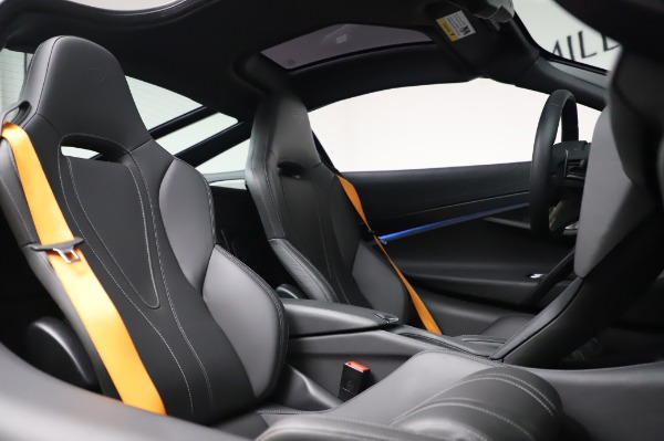 Used 2018 McLaren 720S Luxury for sale Call for price at Pagani of Greenwich in Greenwich CT 06830 22