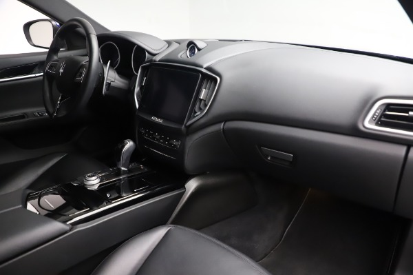 Used 2017 Maserati Ghibli S Q4 for sale $41,900 at Pagani of Greenwich in Greenwich CT 06830 19