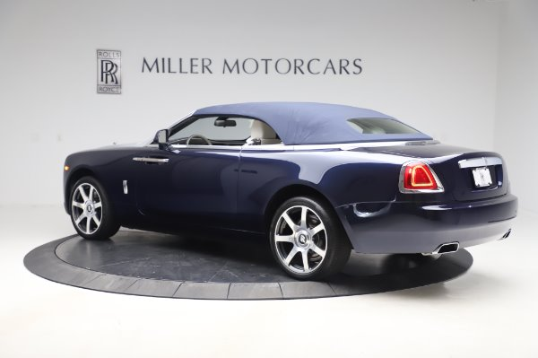 Used 2017 Rolls-Royce Dawn Base for sale $248,900 at Pagani of Greenwich in Greenwich CT 06830 15