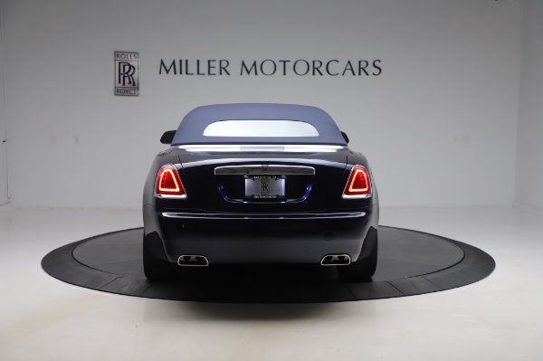 Used 2017 Rolls-Royce Dawn Base for sale $248,900 at Pagani of Greenwich in Greenwich CT 06830 16
