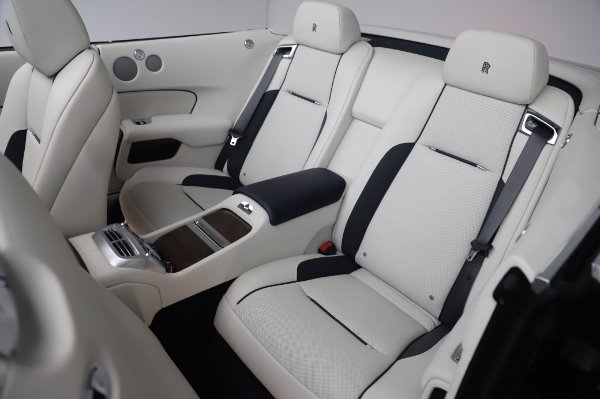 Used 2017 Rolls-Royce Dawn Base for sale $248,900 at Pagani of Greenwich in Greenwich CT 06830 23