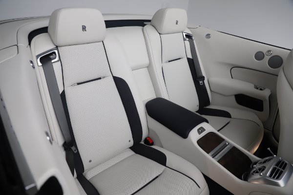 Used 2017 Rolls-Royce Dawn Base for sale $248,900 at Pagani of Greenwich in Greenwich CT 06830 24