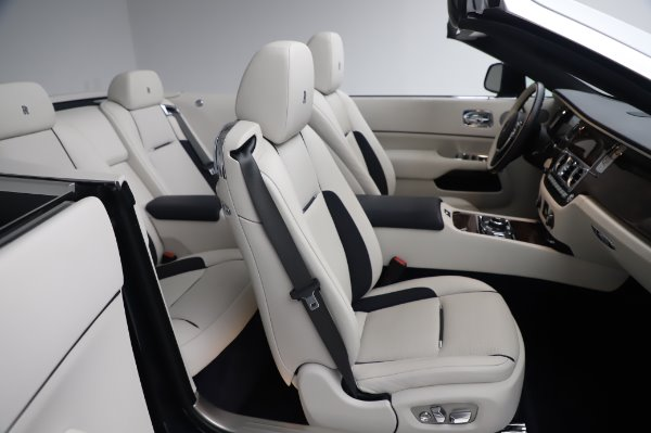 Used 2017 Rolls-Royce Dawn Base for sale $248,900 at Pagani of Greenwich in Greenwich CT 06830 25