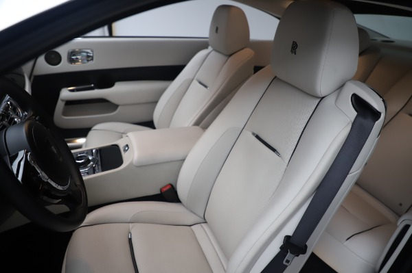 Used 2015 Rolls-Royce Wraith Base for sale $178,900 at Pagani of Greenwich in Greenwich CT 06830 12