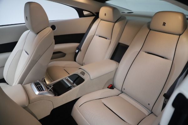 Used 2015 Rolls-Royce Wraith Base for sale $178,900 at Pagani of Greenwich in Greenwich CT 06830 14