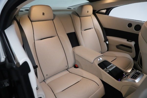 Used 2015 Rolls-Royce Wraith Base for sale $178,900 at Pagani of Greenwich in Greenwich CT 06830 15