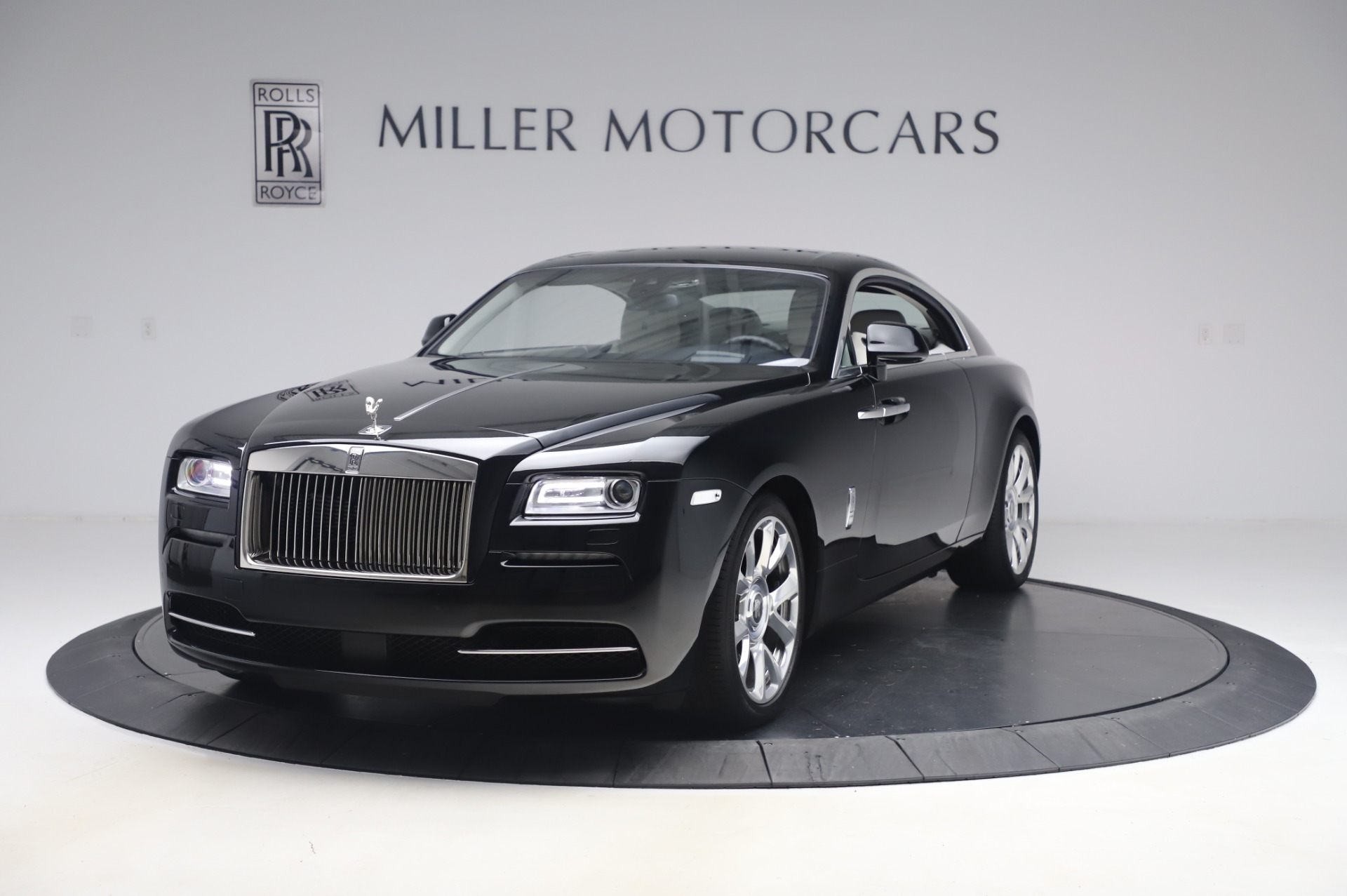 Used 2015 Rolls-Royce Wraith for sale $189,900 at Pagani of Greenwich in Greenwich CT 06830 1