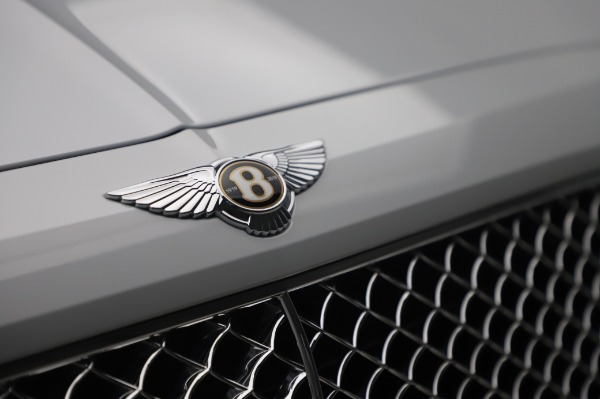 New 2020 Bentley Bentayga Hybrid for sale $220,475 at Pagani of Greenwich in Greenwich CT 06830 14