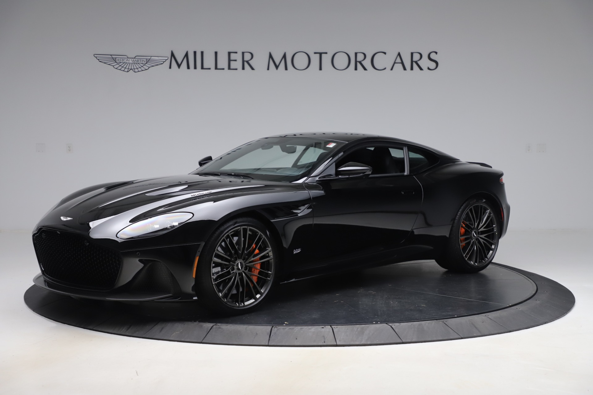 New 2020 Aston Martin DBS Superleggera Coupe for sale $328,786 at Pagani of Greenwich in Greenwich CT 06830 1