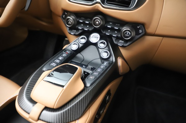 New 2021 Aston Martin Vantage Roadster for sale Call for price at Pagani of Greenwich in Greenwich CT 06830 22
