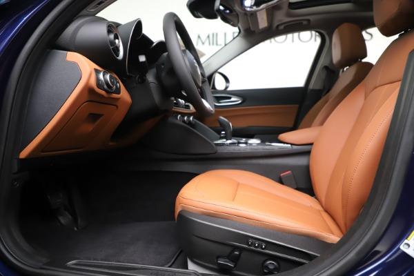 New 2020 Alfa Romeo Giulia Q4 for sale $45,445 at Pagani of Greenwich in Greenwich CT 06830 14