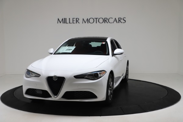 New 2020 Alfa Romeo Giulia Q4 for sale $44,845 at Pagani of Greenwich in Greenwich CT 06830 1