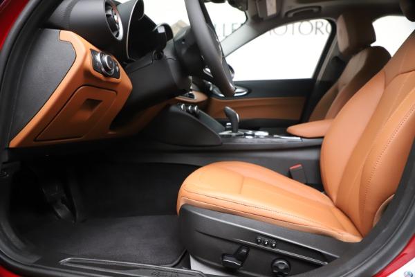 New 2020 Alfa Romeo Giulia Q4 for sale $44,845 at Pagani of Greenwich in Greenwich CT 06830 14