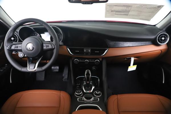 New 2020 Alfa Romeo Giulia Q4 for sale $44,845 at Pagani of Greenwich in Greenwich CT 06830 16