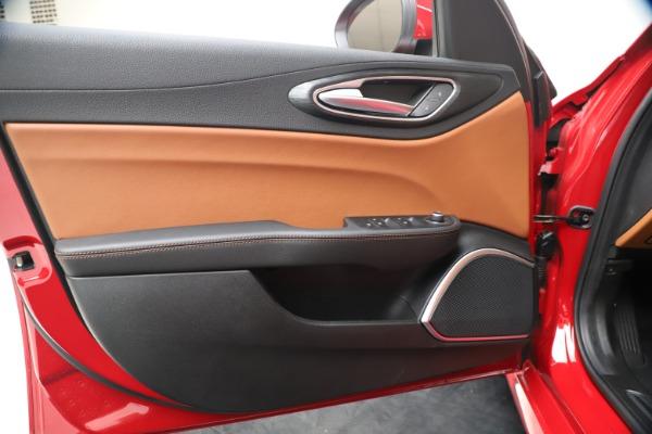 New 2020 Alfa Romeo Giulia Q4 for sale $44,845 at Pagani of Greenwich in Greenwich CT 06830 17