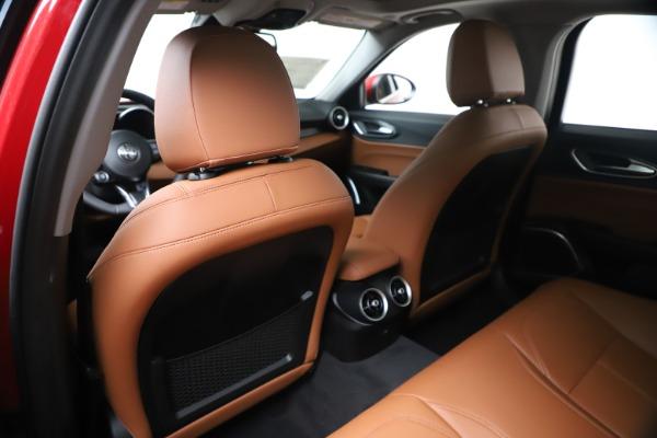 New 2020 Alfa Romeo Giulia Q4 for sale $44,845 at Pagani of Greenwich in Greenwich CT 06830 20
