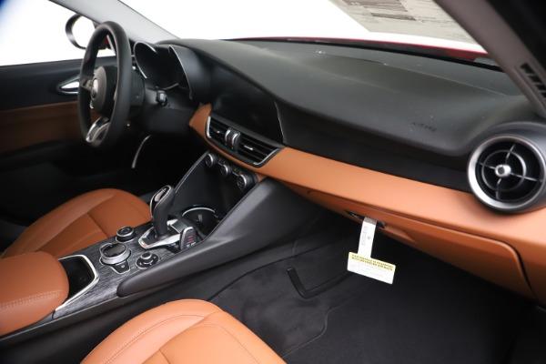 New 2020 Alfa Romeo Giulia Q4 for sale $44,845 at Pagani of Greenwich in Greenwich CT 06830 22