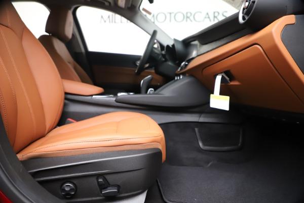New 2020 Alfa Romeo Giulia Q4 for sale $44,845 at Pagani of Greenwich in Greenwich CT 06830 23