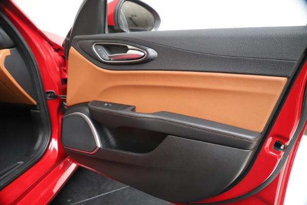 New 2020 Alfa Romeo Giulia Q4 for sale $44,845 at Pagani of Greenwich in Greenwich CT 06830 25