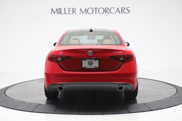 New 2020 Alfa Romeo Giulia Q4 for sale $44,845 at Pagani of Greenwich in Greenwich CT 06830 6
