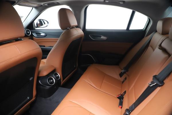 New 2020 Alfa Romeo Giulia Q4 for sale $44,845 at Pagani of Greenwich in Greenwich CT 06830 19
