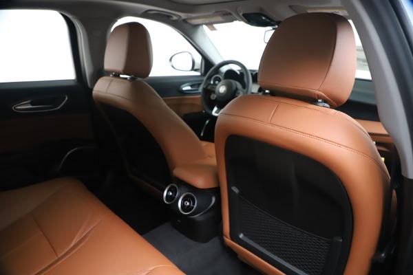 New 2020 Alfa Romeo Giulia Q4 for sale $44,845 at Pagani of Greenwich in Greenwich CT 06830 28