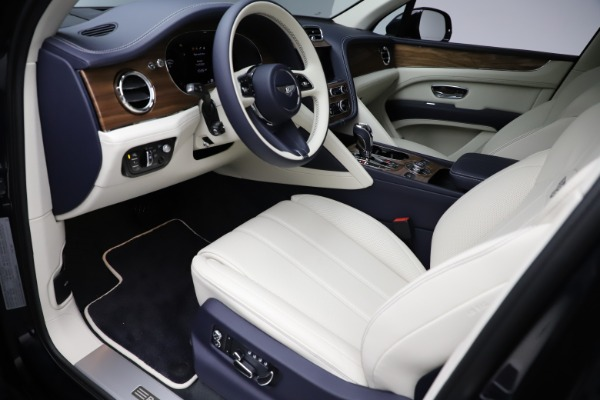 New 2021 Bentley Bentayga V8 for sale Sold at Pagani of Greenwich in Greenwich CT 06830 19
