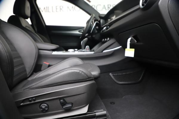 New 2020 Alfa Romeo Stelvio Ti Sport Q4 for sale Sold at Pagani of Greenwich in Greenwich CT 06830 23