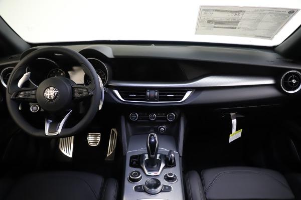 New 2020 Alfa Romeo Stelvio Ti Sport Q4 for sale $57,045 at Pagani of Greenwich in Greenwich CT 06830 16