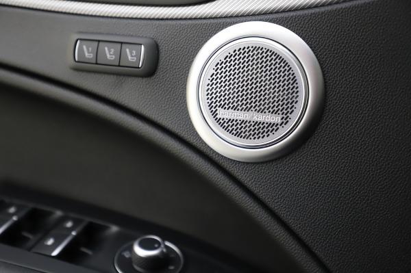 New 2020 Alfa Romeo Stelvio Ti Sport Q4 for sale $57,045 at Pagani of Greenwich in Greenwich CT 06830 28
