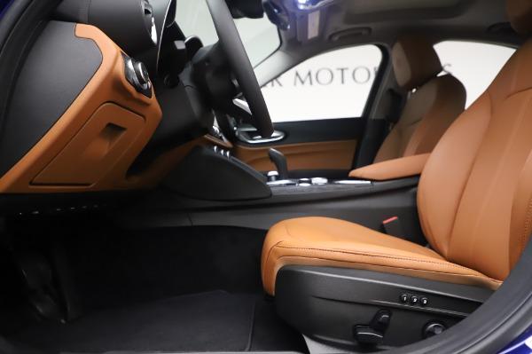 New 2020 Alfa Romeo Giulia Q4 for sale $47,845 at Pagani of Greenwich in Greenwich CT 06830 14