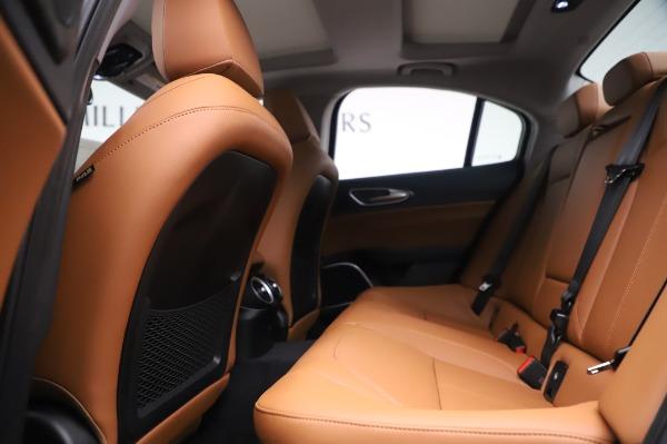 New 2020 Alfa Romeo Giulia Q4 for sale $47,845 at Pagani of Greenwich in Greenwich CT 06830 19