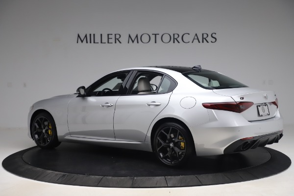 New 2020 Alfa Romeo Giulia Sport Q4 for sale $48,795 at Pagani of Greenwich in Greenwich CT 06830 4