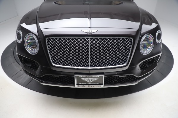 Used 2017 Bentley Bentayga W12 for sale $138,900 at Pagani of Greenwich in Greenwich CT 06830 13