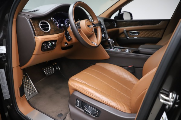 Used 2017 Bentley Bentayga W12 for sale $138,900 at Pagani of Greenwich in Greenwich CT 06830 17