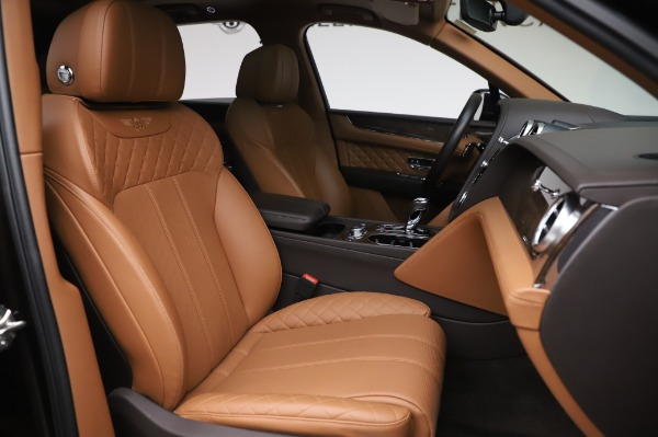 Used 2017 Bentley Bentayga W12 for sale $138,900 at Pagani of Greenwich in Greenwich CT 06830 27