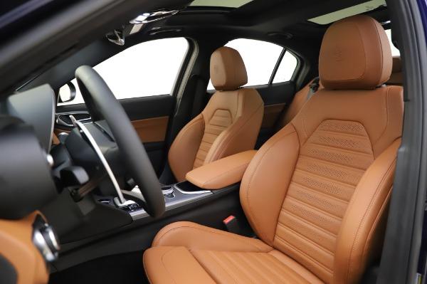 New 2020 Alfa Romeo Giulia Ti Sport Q4 for sale $51,495 at Pagani of Greenwich in Greenwich CT 06830 15