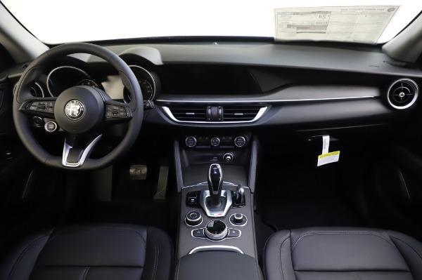 New 2020 Alfa Romeo Stelvio Ti Q4 for sale $50,695 at Pagani of Greenwich in Greenwich CT 06830 28