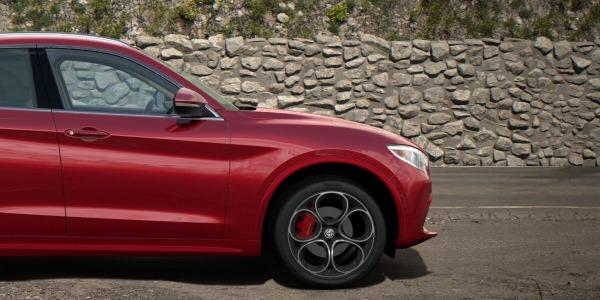 New 2020 Alfa Romeo Stelvio Ti Lusso Q4 for sale $54,745 at Pagani of Greenwich in Greenwich CT 06830 3