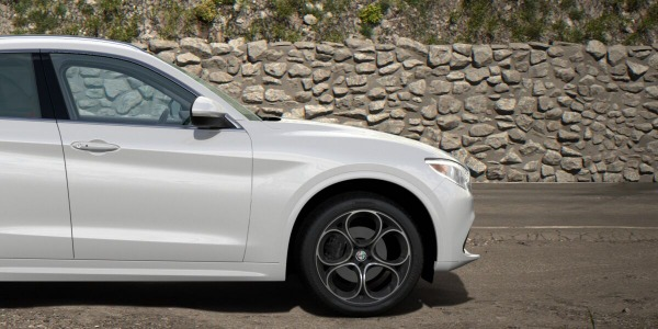 New 2020 Alfa Romeo Stelvio Ti Lusso Q4 for sale $54,145 at Pagani of Greenwich in Greenwich CT 06830 3