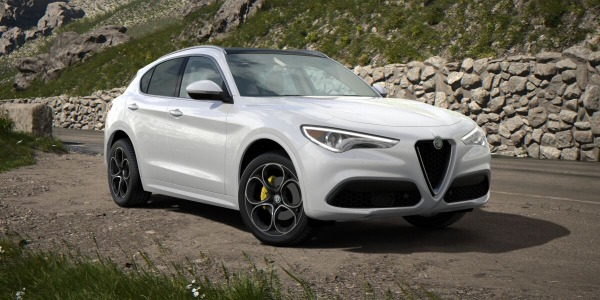 New 2020 Alfa Romeo Stelvio Ti Lusso Q4 for sale $55,045 at Pagani of Greenwich in Greenwich CT 06830 2