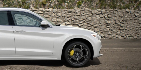 New 2020 Alfa Romeo Stelvio Ti Lusso Q4 for sale $55,045 at Pagani of Greenwich in Greenwich CT 06830 3