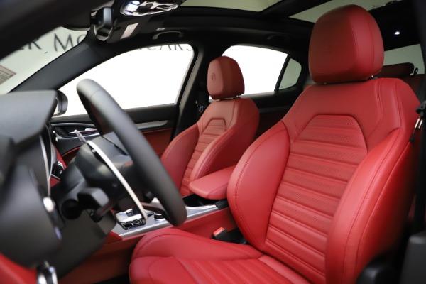 New 2020 Alfa Romeo Stelvio Ti Sport Q4 for sale Sold at Pagani of Greenwich in Greenwich CT 06830 17