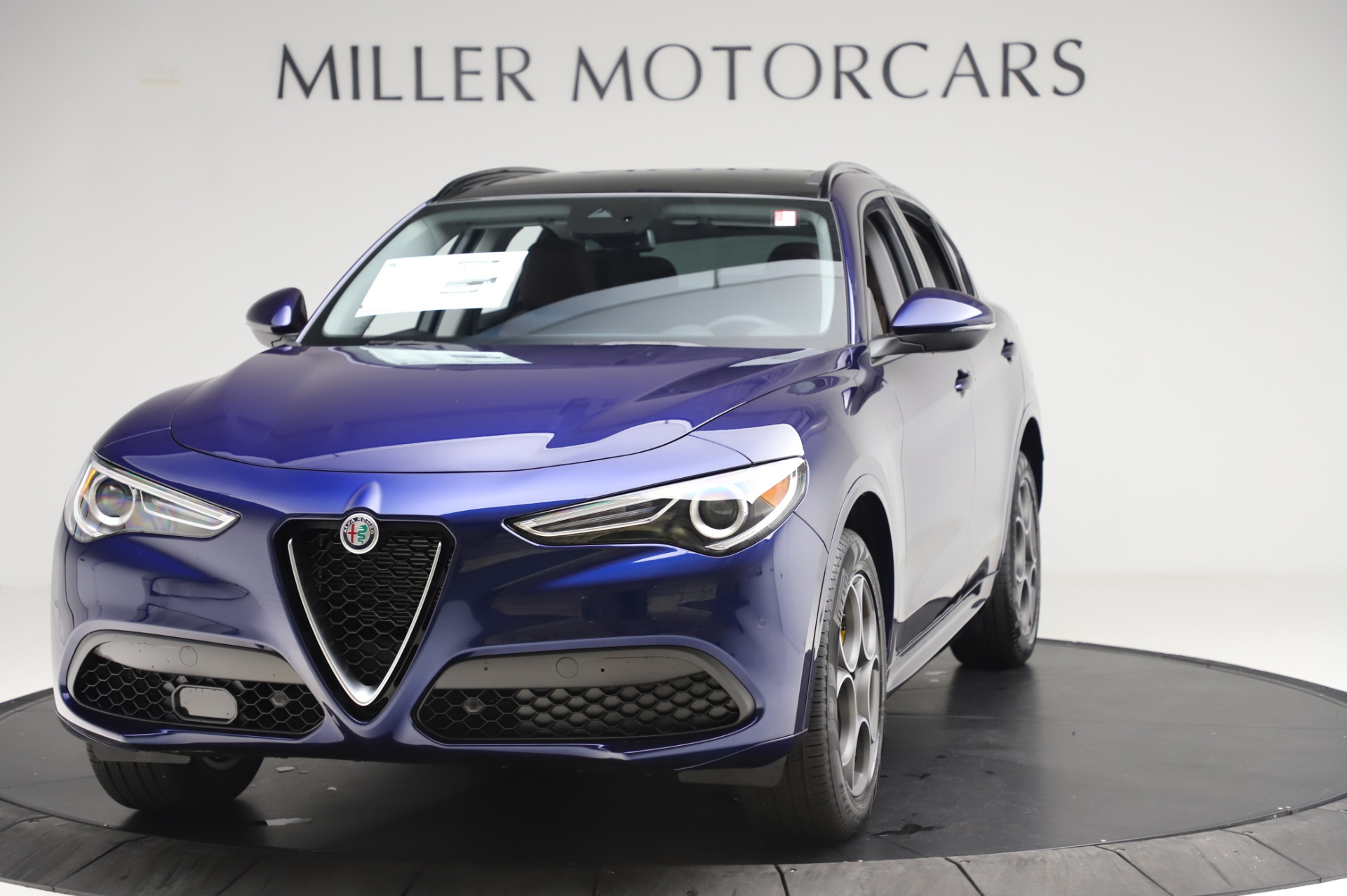New 2020 Alfa Romeo Stelvio Sport Q4 for sale $50,895 at Pagani of Greenwich in Greenwich CT 06830 1