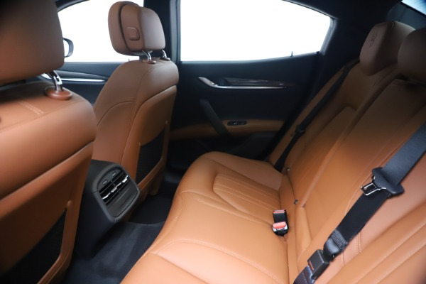 New 2020 Maserati Ghibli S Q4 for sale $87,285 at Pagani of Greenwich in Greenwich CT 06830 19